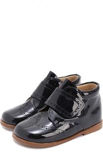 Лаковые ботинки с брогированием Clarys