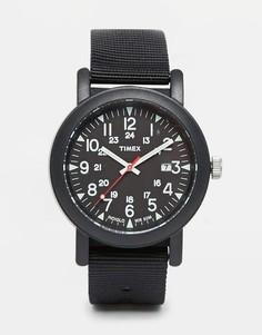 Часы с нейлоновым ремешком Timex Originals Camper T2N364 - Черный