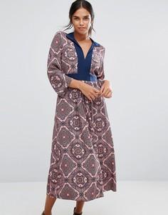 Платье с длинными рукавами, принтом пейсли и завязкой сзади Closet - Мульти