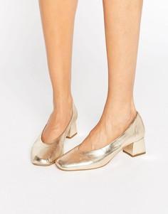 Кожаные туфли золотого цвета на каблуке средней высоты Carvela Antidote - Золотой