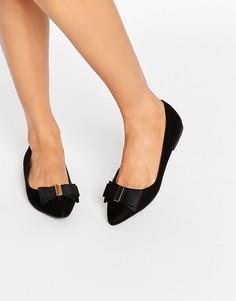 Остроносые туфли на плоской подошве с бантом Miss KG Nessy - Черный