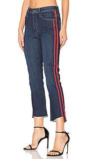 Укороченные джинсы с асимметричным потрепанным низом insider - MOTHER