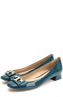 Лаковые туфли с пряжкой на низком каблуке Tory Burch