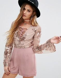 Ромпер с изящной цветочной отделкой пайетками Young Bohemians - Розовый
