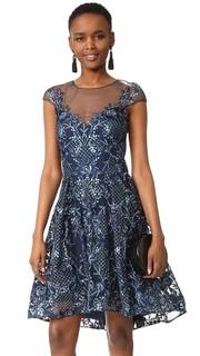 Коктейльное платье с короткими рукавами Marchesa Notte
