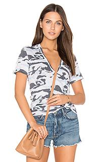Свободная футболка с v-образным вырезом - MONROW