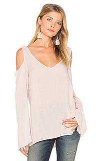 Блуза с v-вырезом и открытыми плечами - Bella Dahl