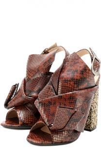 Босоножки из фактурной кожи на каблуке с декором No. 21