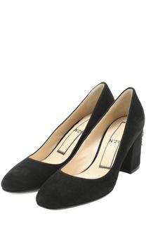 Замшевые туфли на каблуке с декором No. 21
