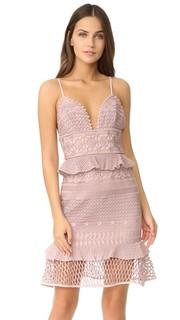 Платье с Drew Saylor