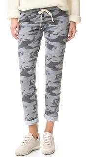 Спортивные брюки из узкие Camo Monrow