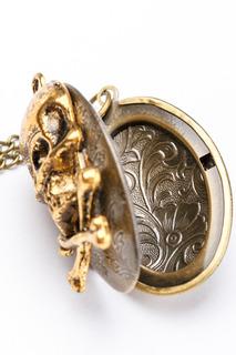 Медальон кулон ZAXA HADID