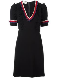 платье с контрастной отделкой из рюшей Gucci