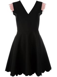 платье с V-образным вырезом и отделкой фестонами MSGM