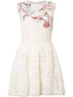 платье с вышивкой макраме  Red Valentino