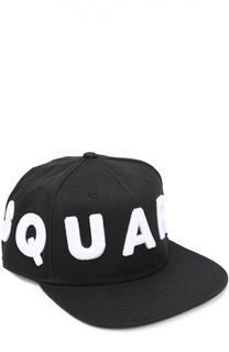 Бейсболка с объемной надписью в виде логотипа бренда Dsquared2