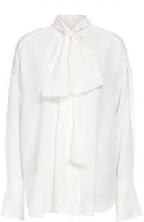 Шелковая полупрозрачная блуза прямого кроя с бантом Chloé