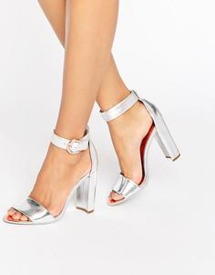 Серебристые кожаные босоножки на блочном каблуке с эффектом металлик Ted Baker Secoa - Серебряный