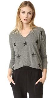 Рубашка с V-образным вырезом и принтом в виде звезд Sundry