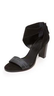 Odette Sandals Zero + Maria Cornejo