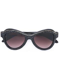 cat eye sunglasses  Kuboraum