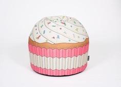 """Пуфик """"Cupcake Pink"""" Woouf!"""