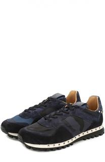 Комбинированные кроссовки с камуфляжным принтом и декоративными заклепками Valentino