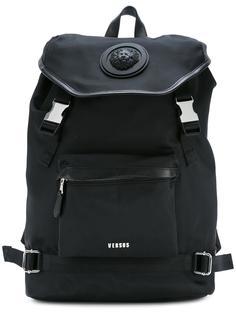 рюкзак с фирменной бляшкой Versus