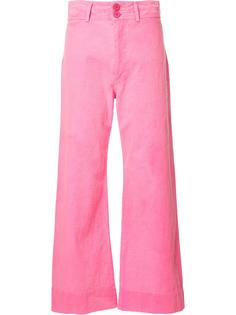 расклешеннные укороченные брюки Apiece Apart