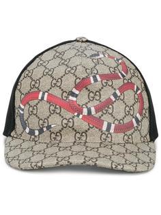 бейсболка GG Supreme с принтом-змеей Gucci