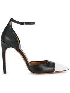 туфли с контрастными носами Givenchy