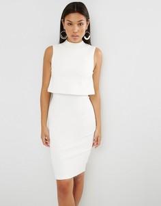 Укороченное платье миди с высоким воротом Lavish Alice - Белый