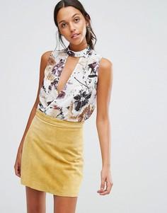 Блузка без рукавов с перекрестным дизайном Love & Other Things - Белый