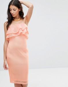 Облегающее сетчатое платье-бандо миди с оборками Girl In Mind India - Розовый