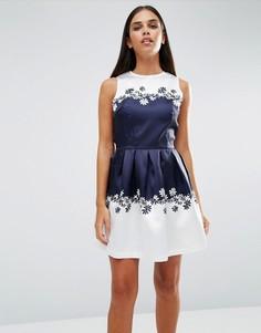 Короткое приталенное платье с принтом AX Paris - Темно-синий