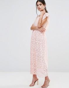 Платье макси с отделкой на юбке и топом-кимоно Traffic People - Розовый