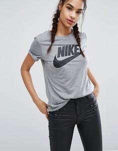 Серая футболка с логотипом Nike - Серый