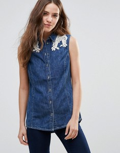 Джинсовая рубашка с кружевной отделкой на плечах Vero Moda - Синий