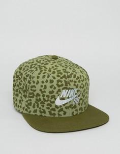 Кепка с леопардовым принтом Nike SB 828633-331 - Зеленый