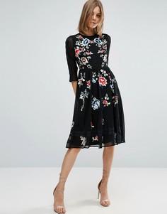 Приталенное платье миди с цветочной вышивкой ASOS PREMIUM - Черный