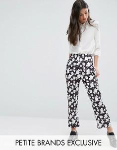 Брюки в пижамном стиле с цветочным принтом Alter Petite - Мульти
