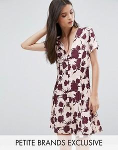 Платье на пуговицах с короткими рукавами и цветочным принтом Alter Petite - Мульти