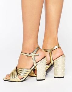 Золотистые стеганые сандалии на каблуке с камнями Miss Selfridge - Золотой