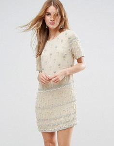 Цельнокройное платье с отделкой и бахромой ASOS - Кремовый