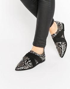 Остроносые туфли на плоской подошве ASOS MOTOR - Черный