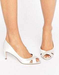 Туфли на среднем каблуке ASOS SAGE - Кремовый