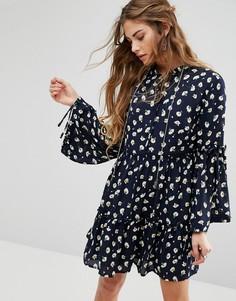 Цветочное платье с присборенной юбкой Glamorous - Черный