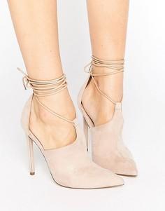 Туфли на каблуке с заостренным носком и завязкой ASOS PANDEMONIUM - Бежевый
