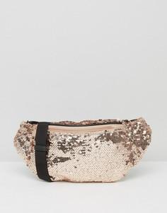 Сумка-кошелек на пояс с отделкой пайетками цвета металлик ASOS - Медный