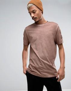 Коричневая длинная футболка с однотонной лентой ASOS - Коричневый